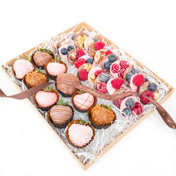Набор сладостей: Pinky June