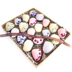 Набор клубники в шоколаде: вальс цветов