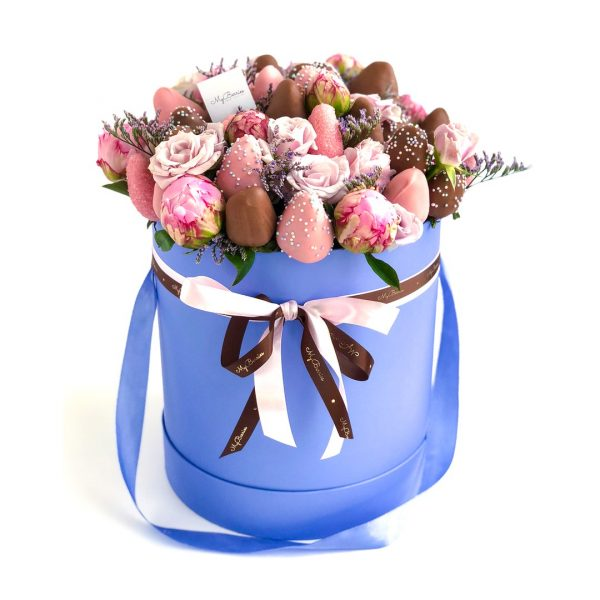 "Шляпная коробка: с пионами, синяя ""InLove"""