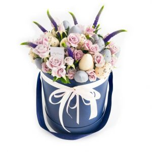 Шляпная коробка: синяя, с кустовыми розами BlueLabel