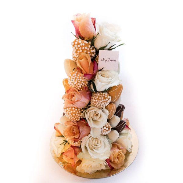 Башня из клубники и роз: Нежность