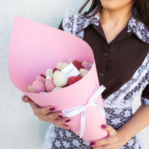 Букет из ягод: Pinky