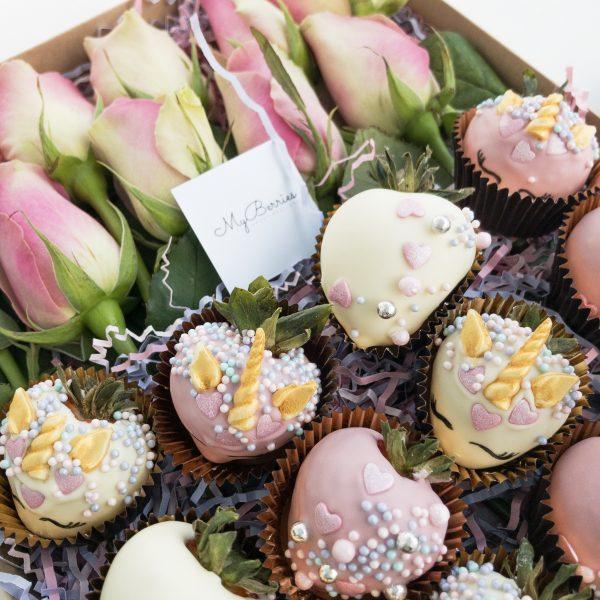 Набор клубники в шоколаде: Rose Unicorn