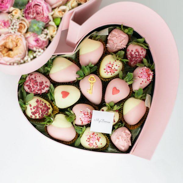 Сердце с двойным дном: цветочная композиция