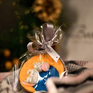 Новогодний шоколад: Мышка на месяце