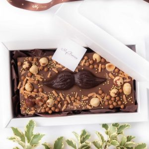 Шоколад ручной работы: Носи усы!